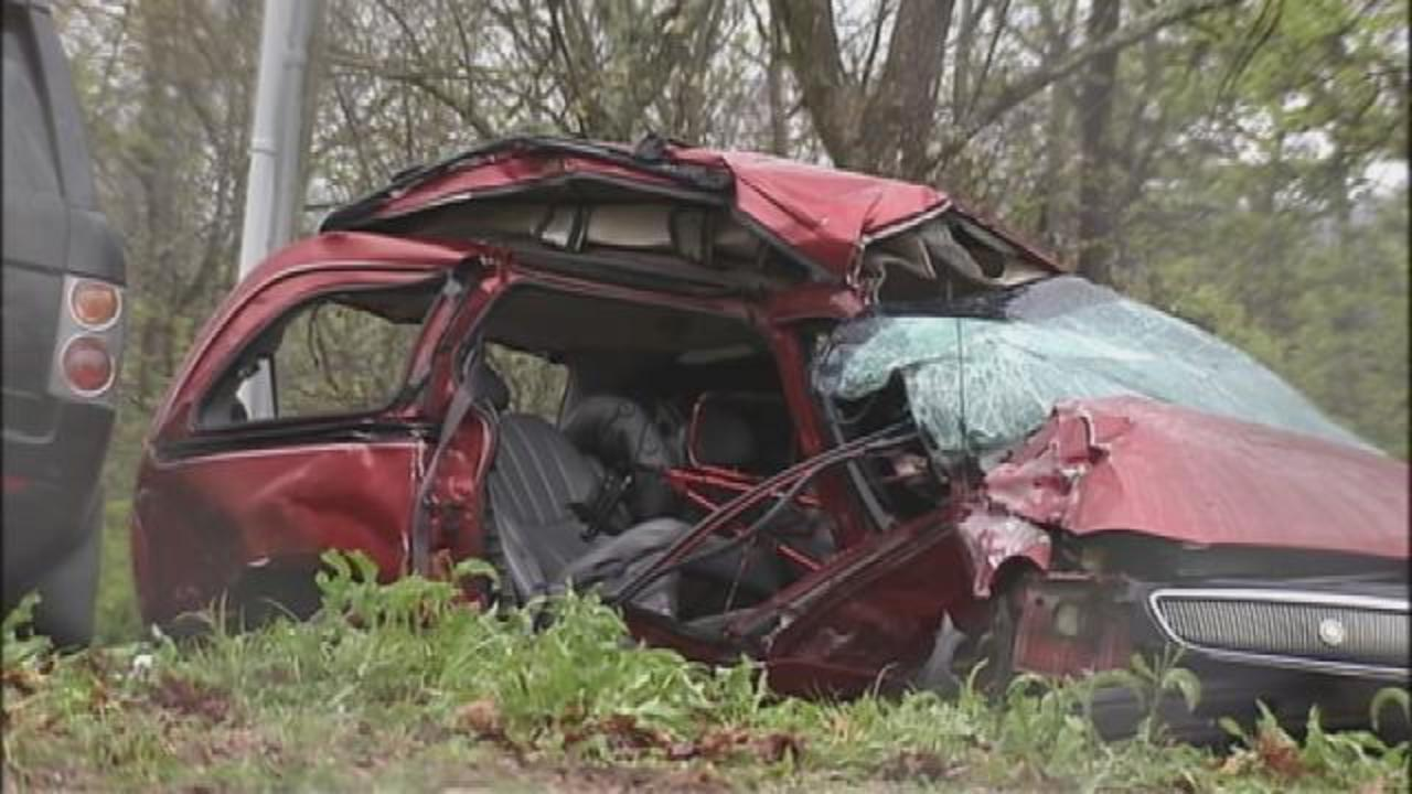 3 Killed, 3 Injured In Hall County Crash - WSBTV
