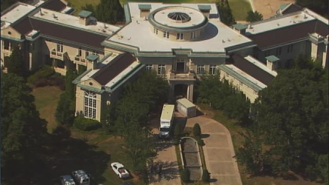 Evander Holyfield Moves Out Of Foreclosed Fayette Co. Mansion | WSB TV