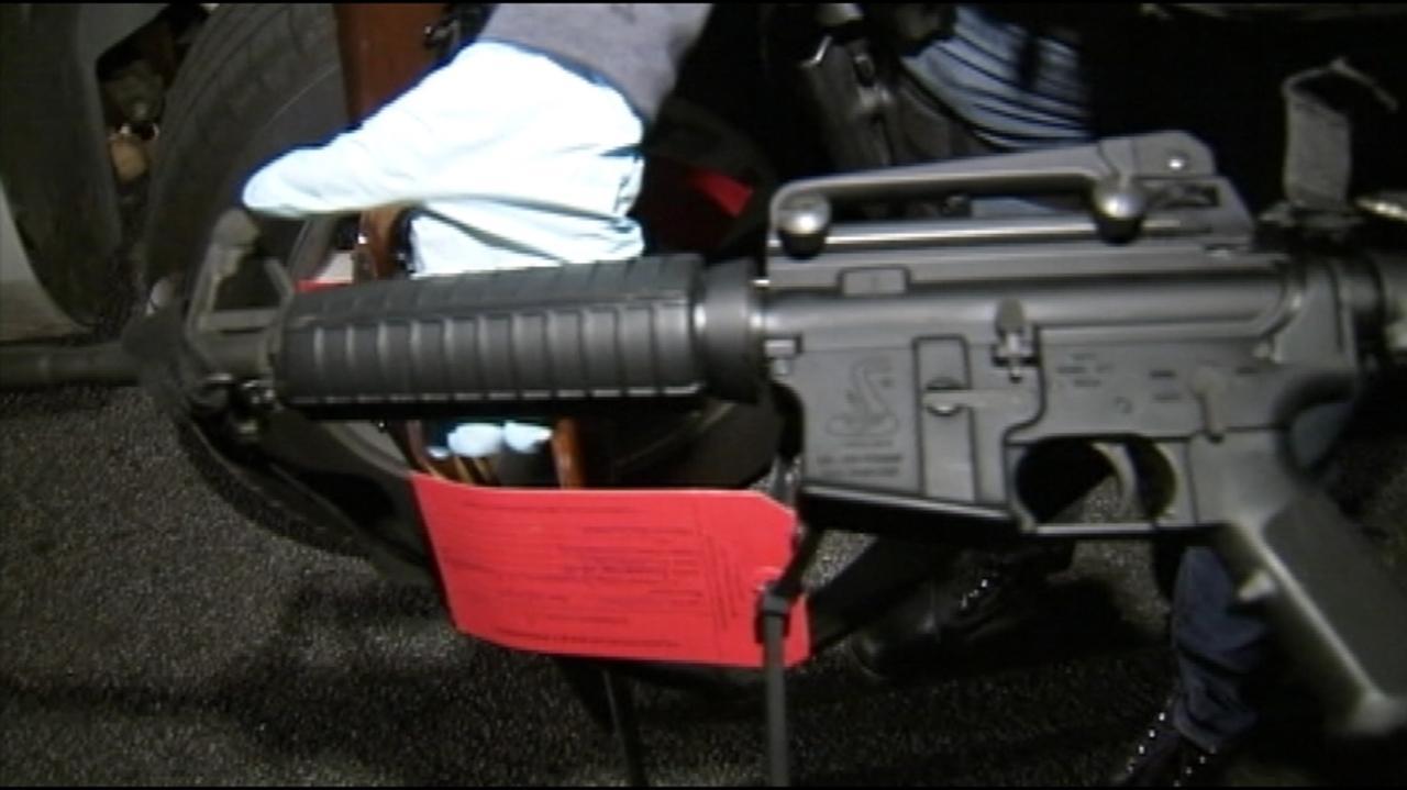 Clayton County police storm home during drug raid | WSB-TV