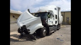 Truck crashed in Emerson on Highway 41 killed a woman_7918486