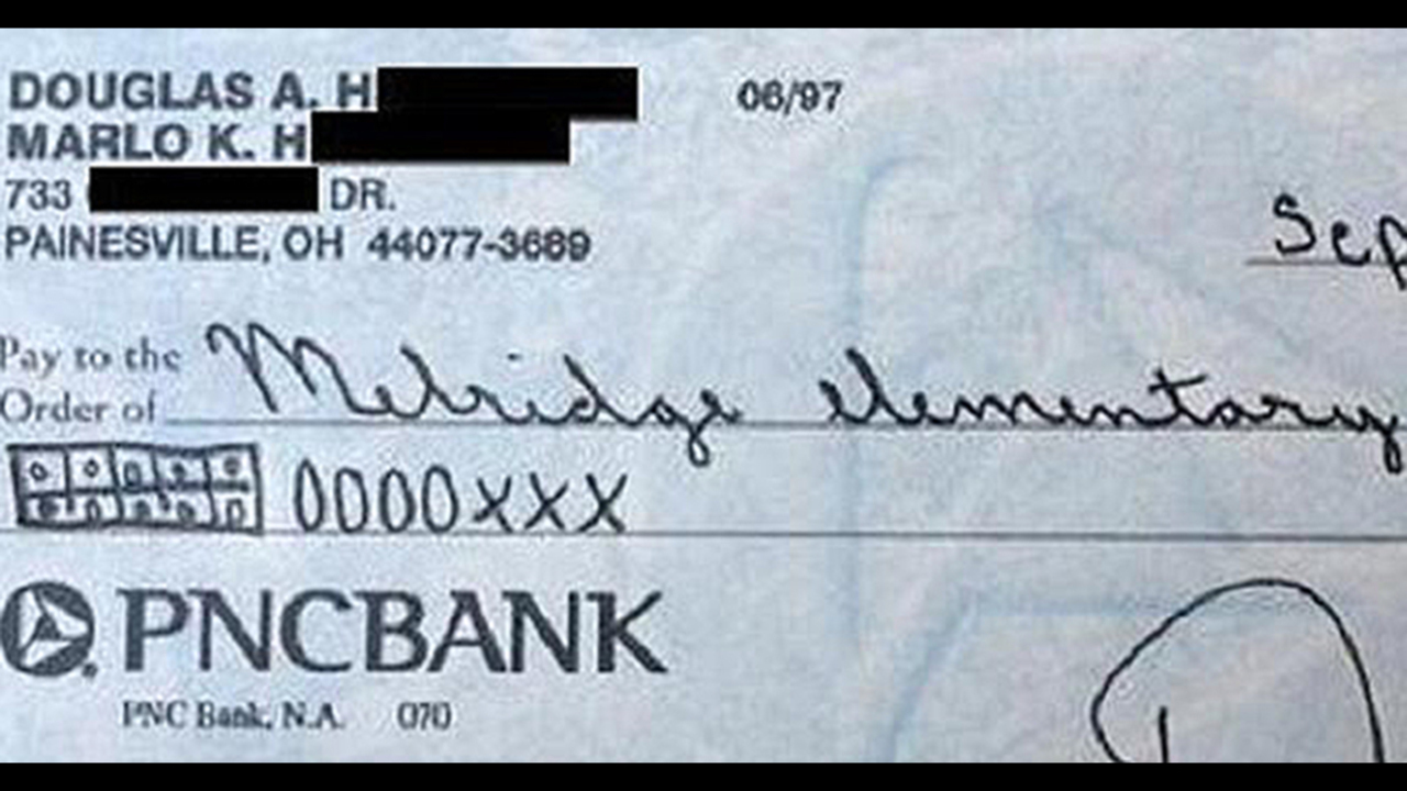 Mustsee: Mad Dad Slamsmon Core With Hilarious Check To School Wsbtv Pnc  Bank Images