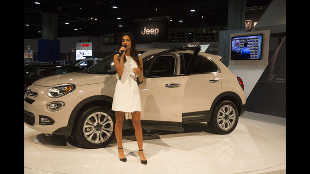 PHOTOS Hot Cars At Atlanta Auto Show WSBTV - Car show world congress center atlanta