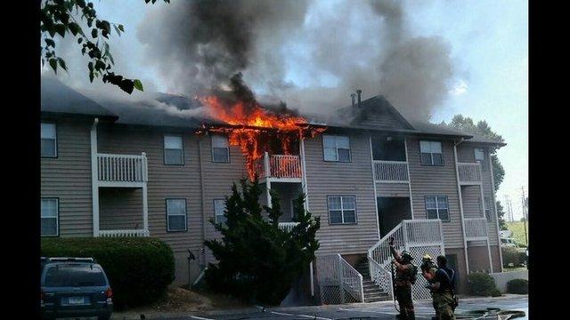 Acworth Apartment Fire Displaces Families | WSB TV