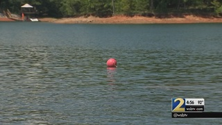 Lake Lanier drops, exposing risk to boaters and beach-users