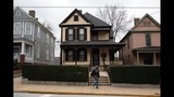 The boyhood home (center) of the Rev. Martin Luther King Jr. in Atlanta is currently closed for renovations but there's still lots to see in this neighborhood. (JESSICA MCGOWAN / 2009 AJC file photo)