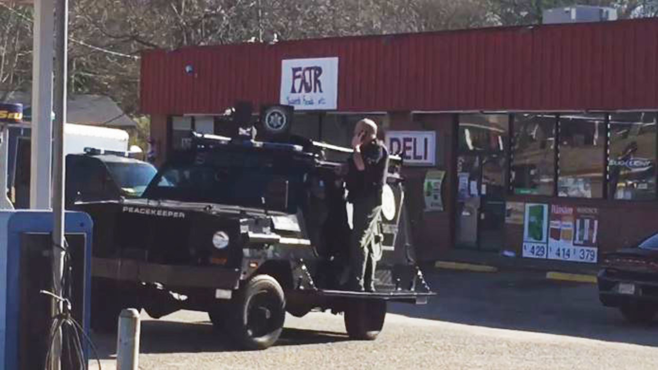 Exclusive Authorities Raid Convenience Stores Homes In Drug Fraud Bust