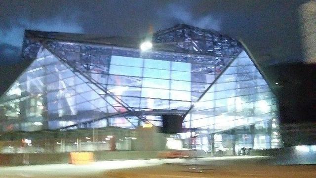 Mercedes benz stadium lights up in first test wsb tv for Mercedes benz stadium application