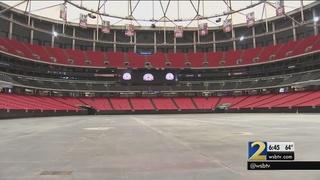 Crews remove final items inside Georgia Dome