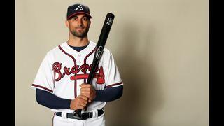 Atlanta Braves re-sign outfielder Nick Markakis