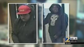 Robber orders sub before pulling gun on Subway clerk