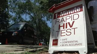 Knockout HIV event offers free 1-minute testing