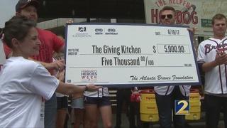 Atlanta Braves Foundation honors Giving Kitchen founder