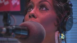 Sasha the Diva hosts KISS-A-Thon for Hosea Helps