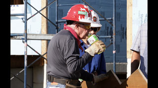 Former President Jimmy Carter helps build homes for Habitat for Humanity…