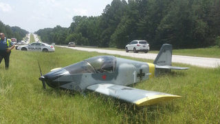 Small plane lands on 316 in Gwinnett County