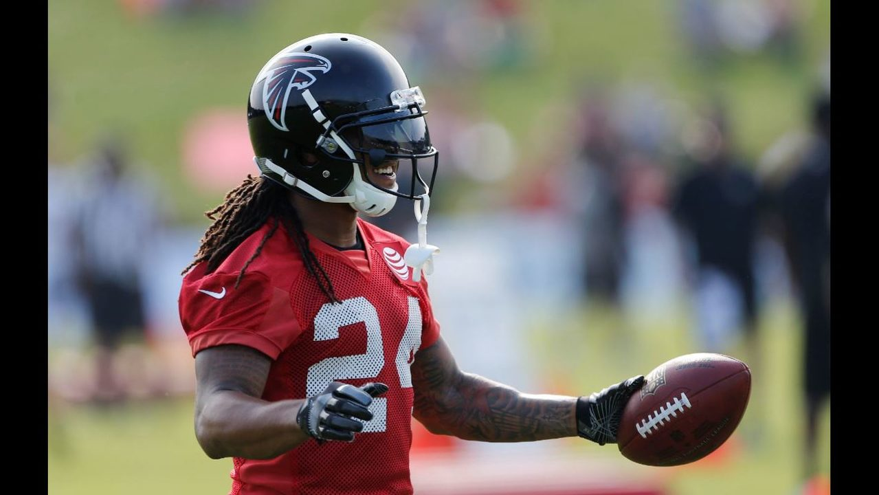Devonta Freeman placed in concussion protocol will miss Sunday s