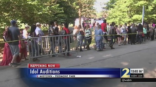 Hundreds wait for chance to audition for American Idol at Piedmont Park