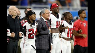 Arthur Blank says owners, players working to resolve National Anthem protests