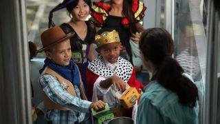 Georgians Trick or Treat for UNICEF