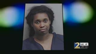 Woman accused of stealing identities to take out loans
