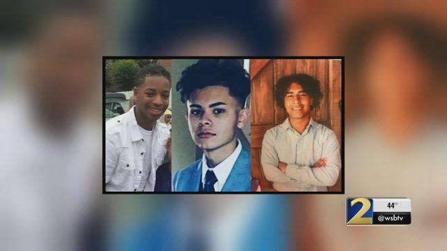 MEADOWCREEK TEENS: 3 teens die in crash after high school