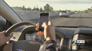 Councilman looks to ban ALL cellphone use while driving