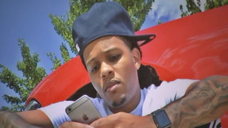 Family holds vigil for man killed while trying to sell cellphone