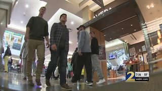 Shoppers across the metro hit the malls for Black Friday