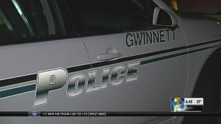 Gwinnett man shot trying to stop car burglars