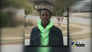 Teenager shot, killed while trying to sell shoes on Instagram