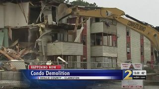Crews begin demolition project of run-down apartment complex in DeKalb
