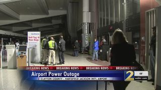 Electrical fire causes massive power outage at Atlanta airport