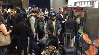 Power back on, but hundreds of flights canceled at Atlanta airport