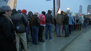 Officials apologize for long security lines for National Championship
