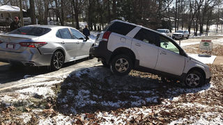 Icy roads lead to hundreds of crashes across north Georgia