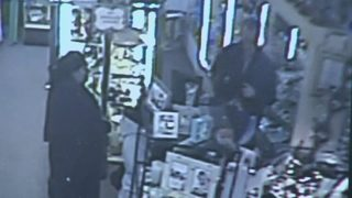 Group of women caught on camera stealing gold rosary from shop
