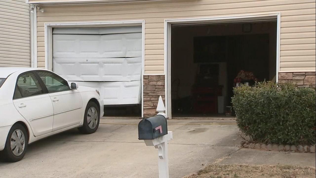 Burglar rams car into garage shots fired at henry county home burglar rams car into garage shots fired at henry county home wsb tv rubansaba