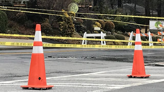 Sewer line break closes busy Sandy Springs intersection