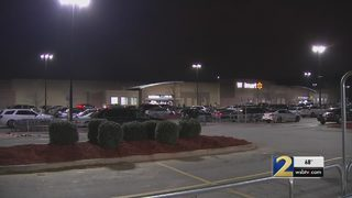 Police search for man who sexually assaulted teen at Walmart