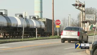 Neighbors complain train routinely blocks intersection, sometimes for days