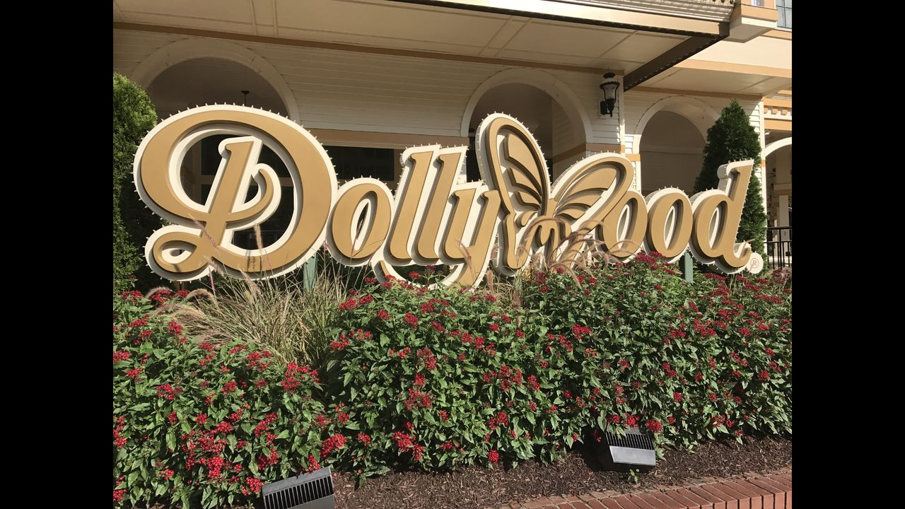 Trip to Dollywood includes thrilling rides, great shows