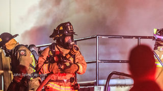 Firefighters extinguish blaze at Atlanta Civic Center