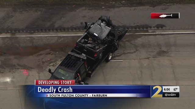 1 dead in I-85 crash with 'large debris field' in south