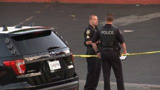 Shooting outside shopping center leaves teen dead in Marietta