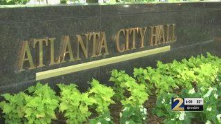 Year-end bonuses under Kasim Reed cost Atlanta taxpayers $811K