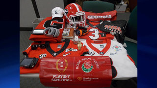 UGA star reunited with stolen memorabilia (PHOTOS)