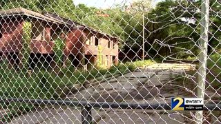 Blighted East Point property next to school causing new concerns for neighbors