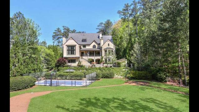 photos tom glavine selling 6 75 million field of dreams home