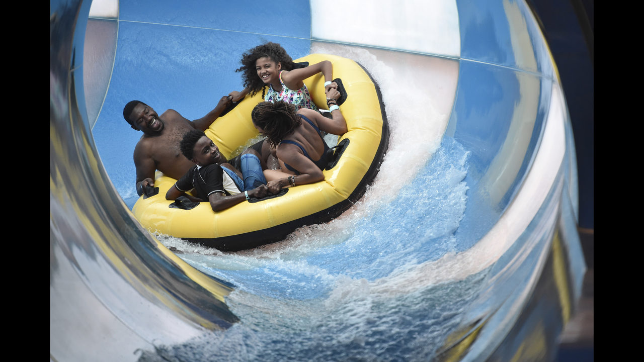 GREAT WOLF LODGE GEORGIA: New water park opens in LaGrange