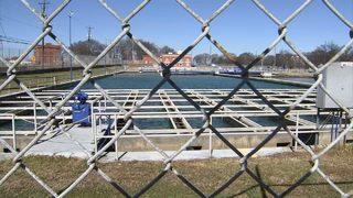 Crews work to repair water leak that could disrupt service to key businesses in Atlanta